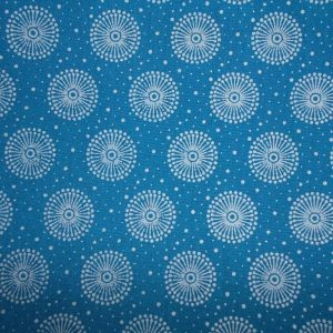 Picnic blanket blue shweshwe cotton, padded, waterproof lined