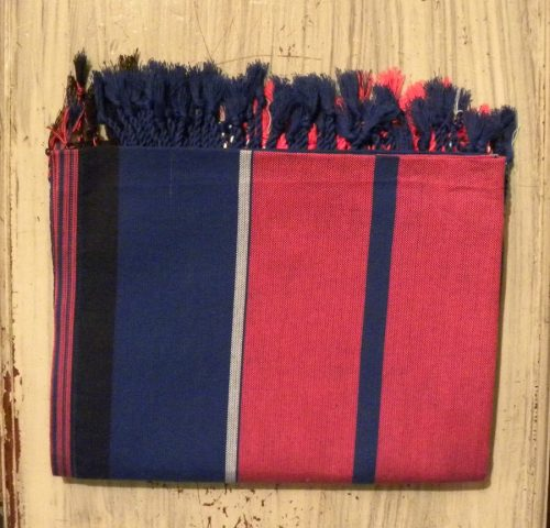 kikoy wrap red and blue