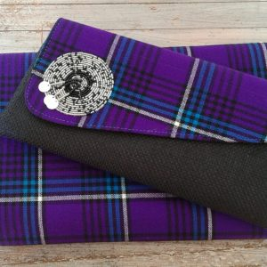 clutch bag and doek in purple shuka fabric