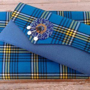 Clutch bag and doek (headscarf) in turquoise shuka fabric